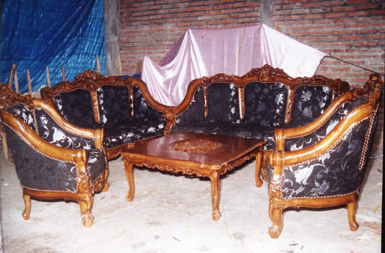 sofa tamu monako