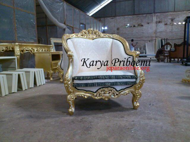 Louis Gold Leaf Chair
