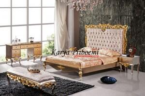 Kamar Set Classic's Silver Emas