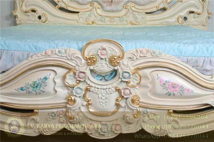 Detail Tempat Tidur Klasik Mewah Olimpia Jepara Kode DPN 56